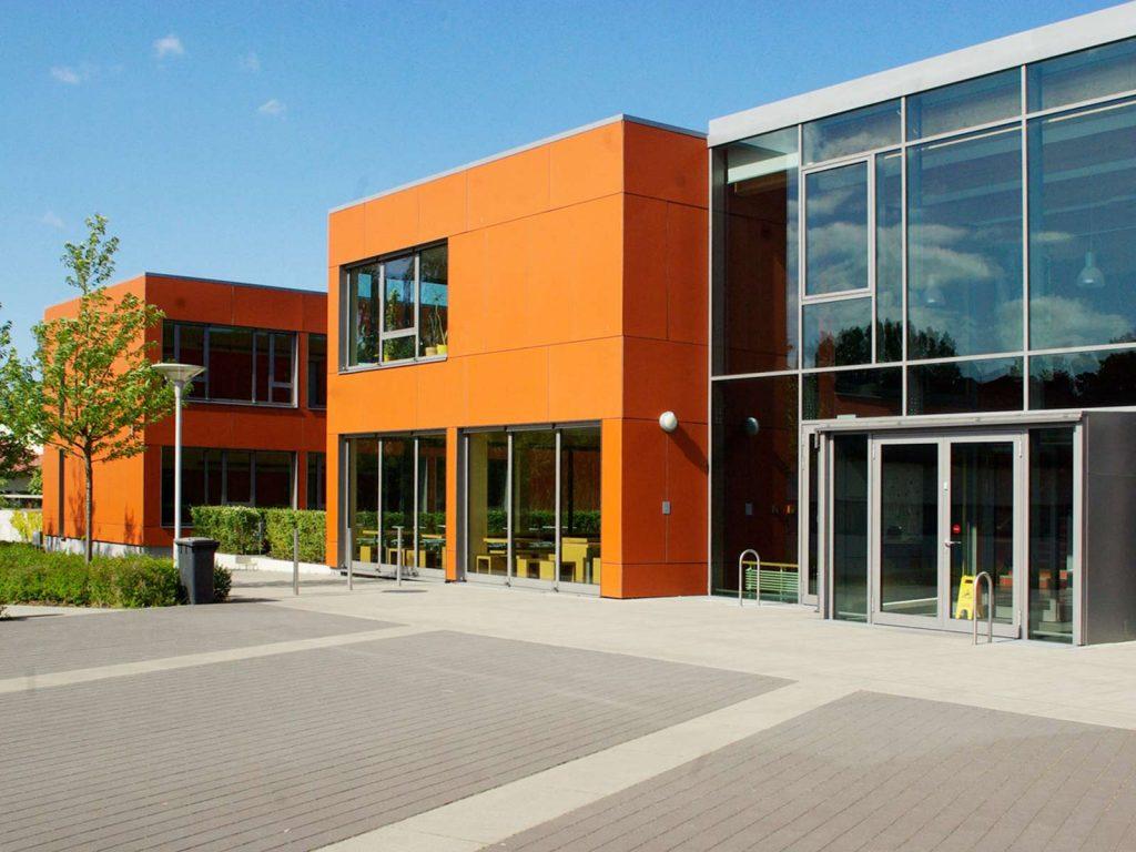 Strittmatter Gymnasium Eingang
